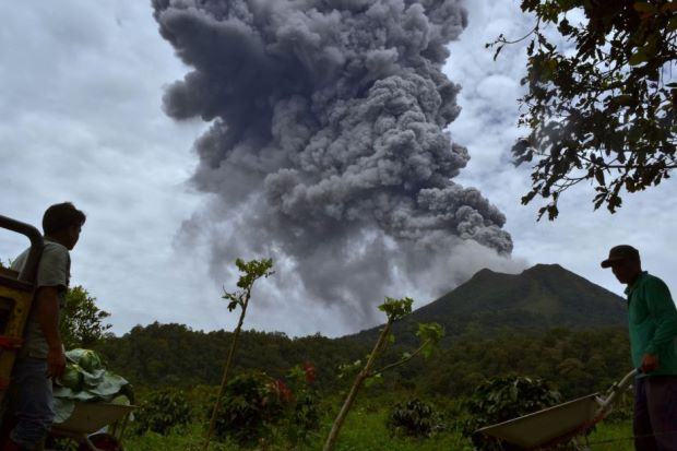 Indonesia Volcano Mount Sinabung Violently Erupts