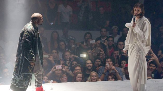 Kanye West at Yeezus gig talking to Jesus Christ