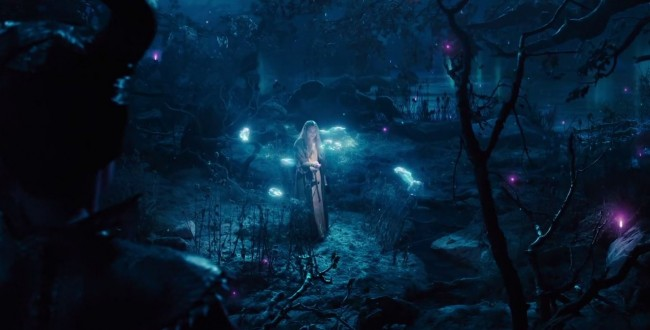 Maleficent trailer debut Angelina Jolie and Vivienne Jolie-Pitt