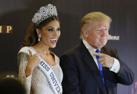 Miss Venezuela next to Donald Trump