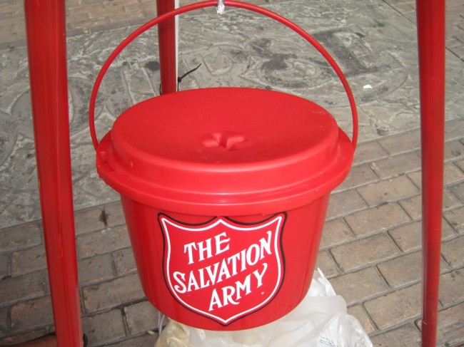 Salvation Army Kettle ~ Salvation army red kettle swiped by thief · guardian