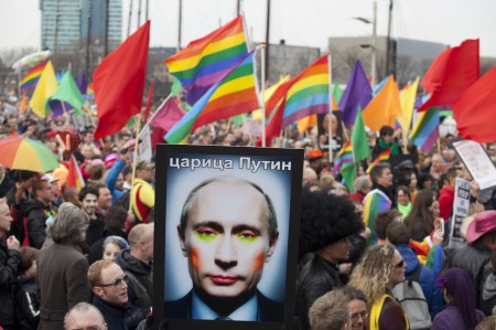 Russian activists protest against new laws