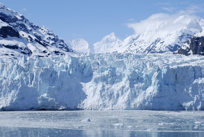 Scientists measure bubbling sounds of melting glaciers