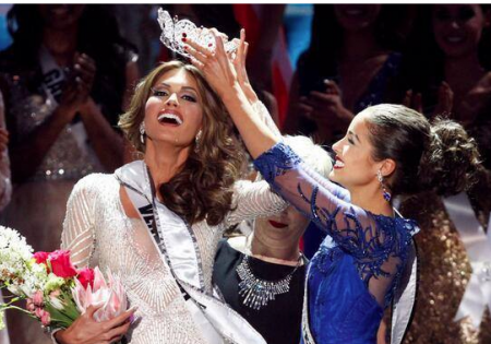 Miss Universe 2013 Models Million Dollar Swimsuit