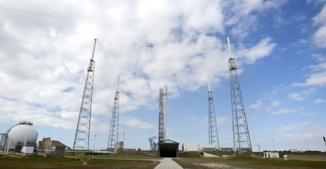 SpaceX Thanksgiving launch thwarted by engine problems.jpg-large