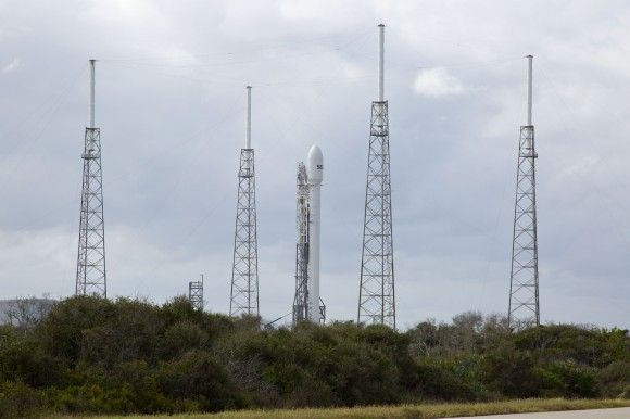 SpaceX delays launch of Falcon 9 rocket due to technical glitch