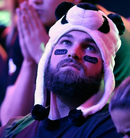 Jay Farber fans made up a significant portion of the WSOP Main Event fans in attendance, many donning his signature panda hat look.