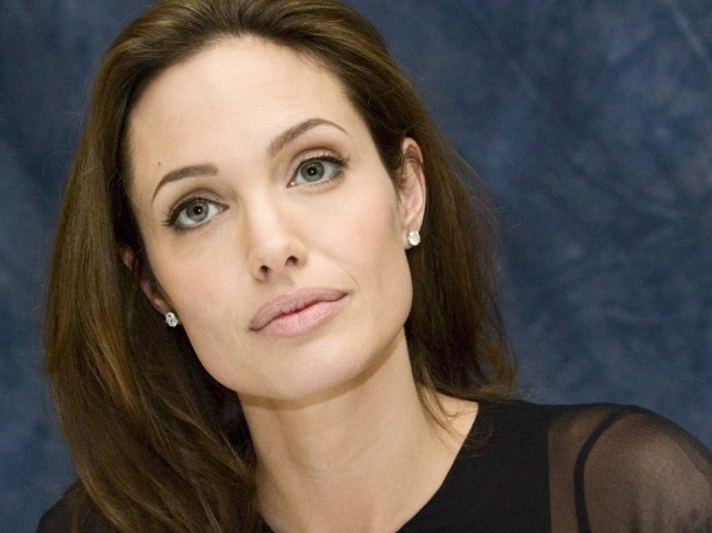 Angelina Jolie Proud to Receive Prestigious Governors Award