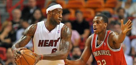 The Miami Heat cruised past the Milwaukee Bucks on Tuesday night.