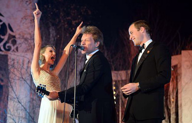 Taylor Swift on Stage with Prince William and Jon Bon Jovi