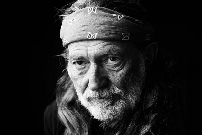 Willie Nelson Tour on Hold as Accident Injured Band Members