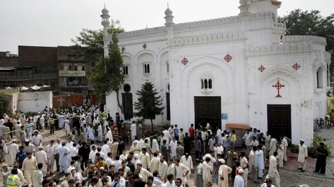 Christmas Day Attacks Kill 37 Christians
