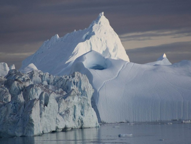 Billions of Tons of Liquid Water Found Under Greenlands Ice Sheet