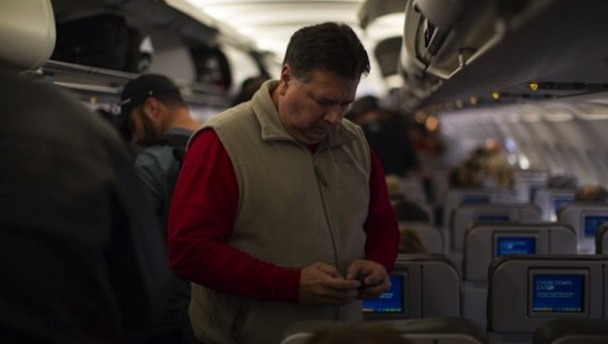 Delta Airlines CEO Says No Cell Phone Calls in the Air