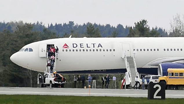 Delta Air Lines Flight Forced to Land When Teen Dies On Flight