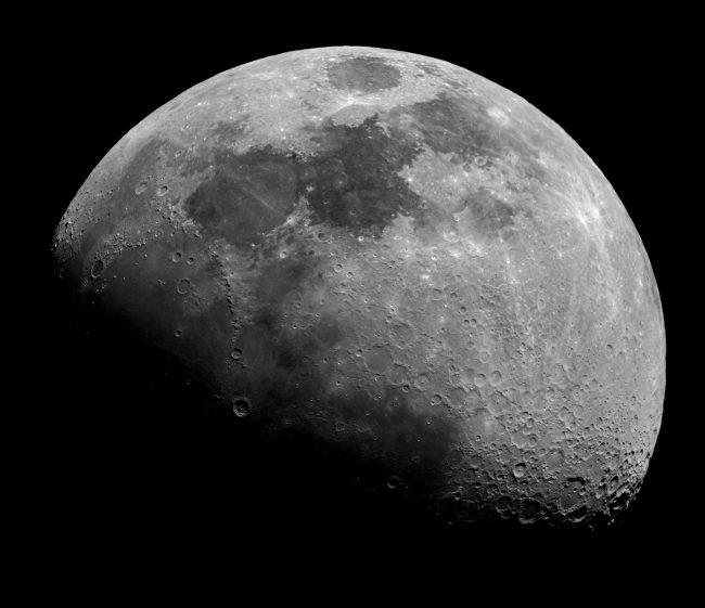 Moon Race Heating up