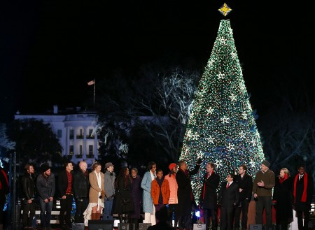 Obama Lights 'National Christmas Tree,' as a US School Bans the Holiday