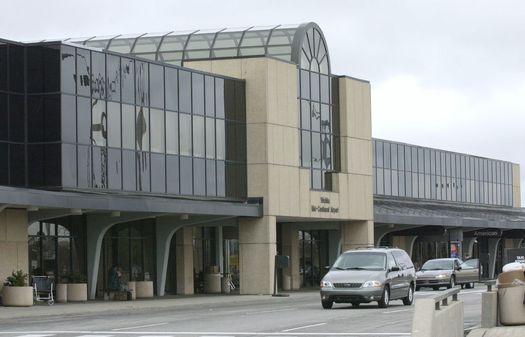 Wichita Mid-Continent Airport - Loewen