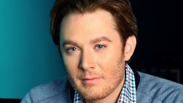 Clay Aiken Considers Running for Congress