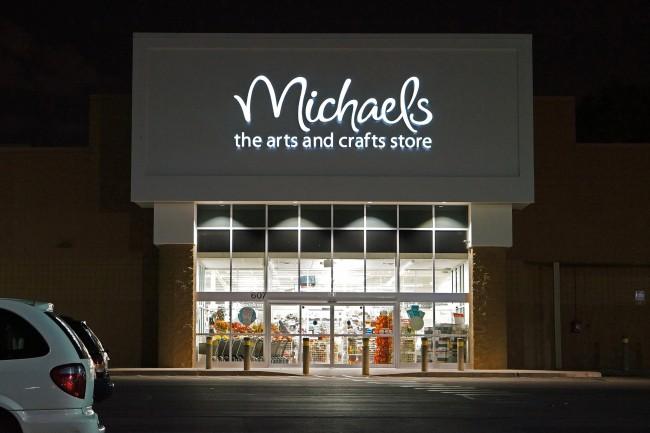 business, u.s., michaels, crafts, data breach