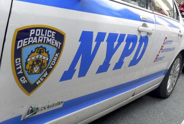 New York Man Jealous Over Photographs Stabs Wife and Daughters to Death