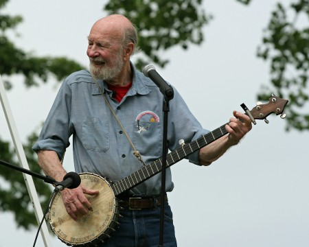Pete Seeger Dies Before He Can Collect Woody Guthrie Prize