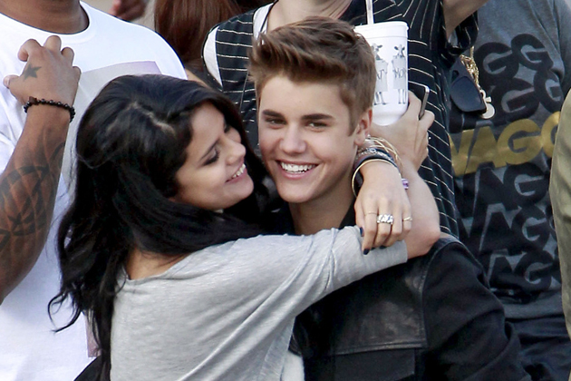 entertainment, justin bieber, selena gomez, back together, selfie, bieber
