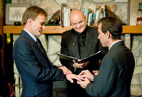 Utah Denies Same-sex Marriage, Obama Upholds