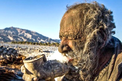Iranian Man Goes Without a Bath for 60 Years – See The Results (Video)