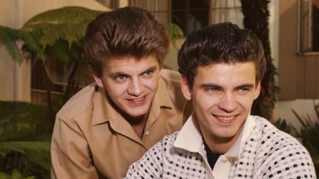 Phil Everly of The Everly Brothers Dead at 74 (Video)