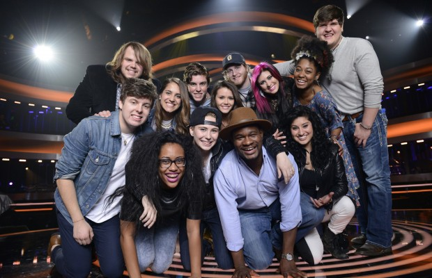 American Idol 13 Finalists Perform (Review & Videos)