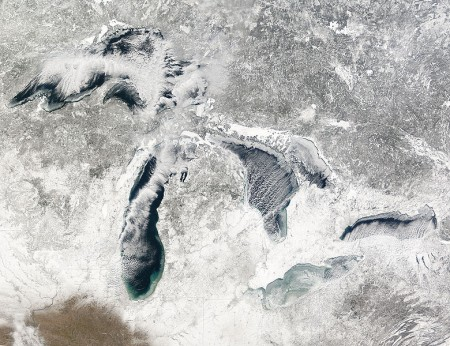 Great Lakes Covered by Record Amount of Ice