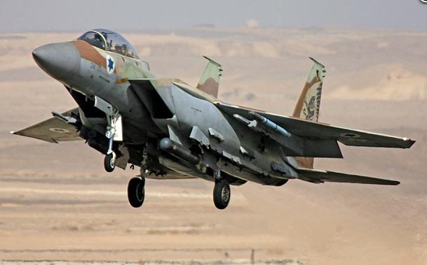 Israel Destroys Convoy on Syrian Border