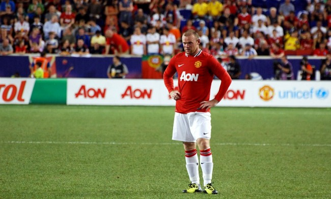 Manchester United and Arsenal played out a 0-0 stalemate in a night of few chances for both sides.