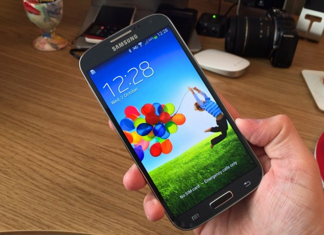 how to connect facebook to contacts galaxy s5