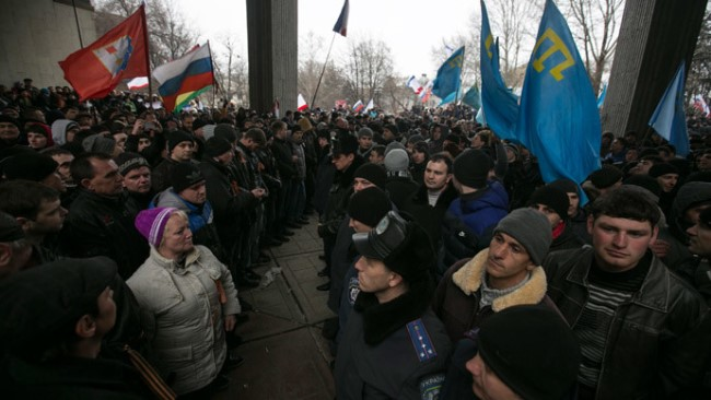 Ukraine Gunmen Seize Crimean Parliament