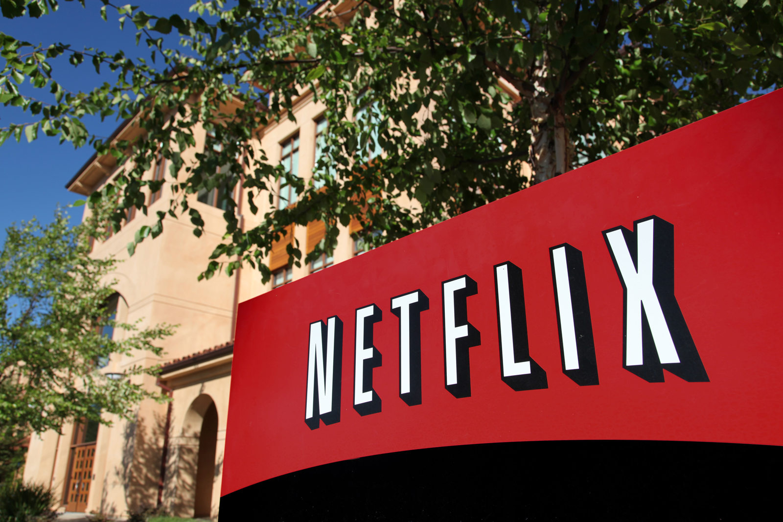 Netflix Strikes Deal With Comcast