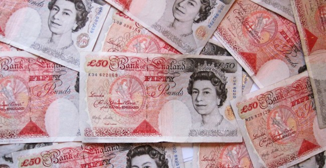 Scotland has been warned if it walks away from the United Kingdom, it is likely to relinquish the British pound