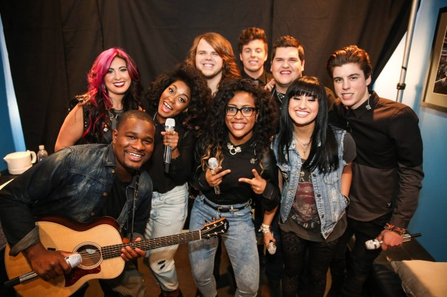 American Idol Top Nine Finalists Perform (Review & Videos)