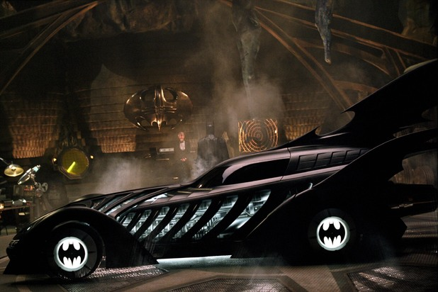 Batman Arkham Knight Players, Get Ready to Drive the Batmobile (Video)