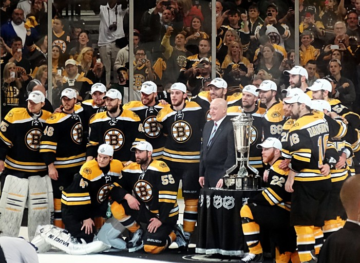 Boston Bruins Emerge as Eastern Conference Favorites