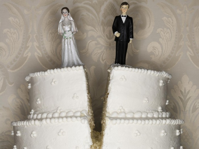 Celebrity Divorce : What Can Be Learned?