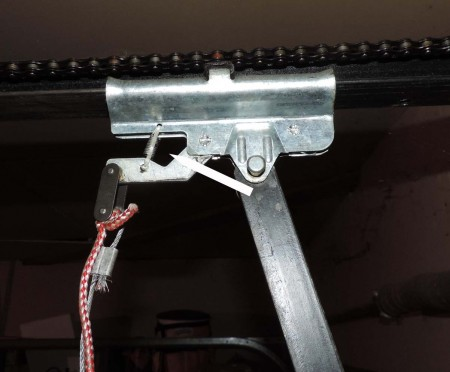 Garage Door Can Be Opened By Thieves In Six Seconds With