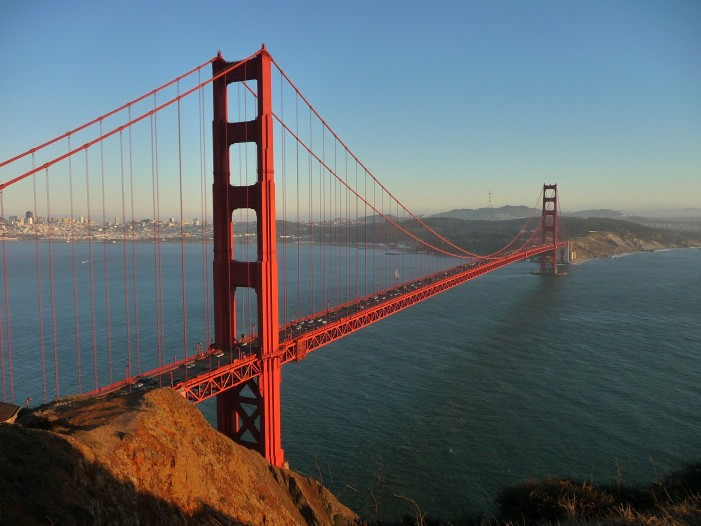 Golden Gate Bridge Directors Looking to Decrease Suicides