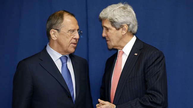 John Kerry to Meet With Russian Lavrov to Discuss Ukraine