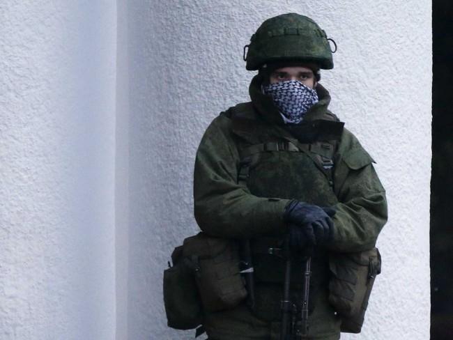 Russian Military Allowed Into Crimea