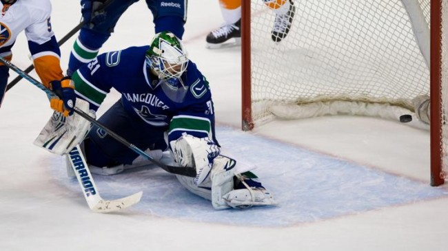 Vancouver Canucks New York Islanders NHL Daily