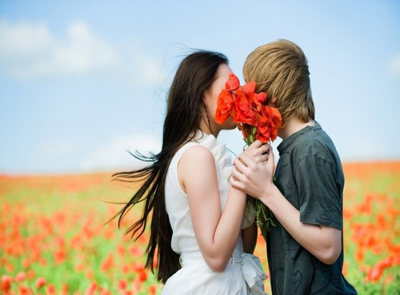 Kissing: 6 Reasons It Is Good for Your Health