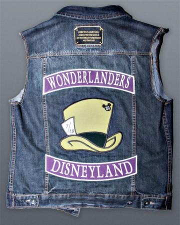 """Disneyland Social Clubs Welcomes """"Gang"""" Members"""