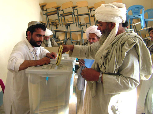 Afghanistan Elects New Leader Despite Threats of Violence